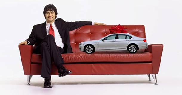 Покупка новой машины в кредит в автосалоне