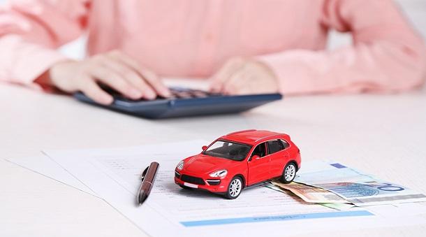 Когда нужны наличными деньги: кредит на авто от физлица