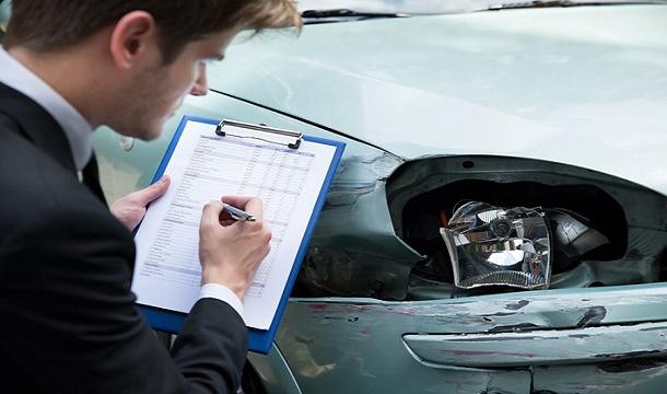 Разбила машину в кредите – восстановлению не подлежит
