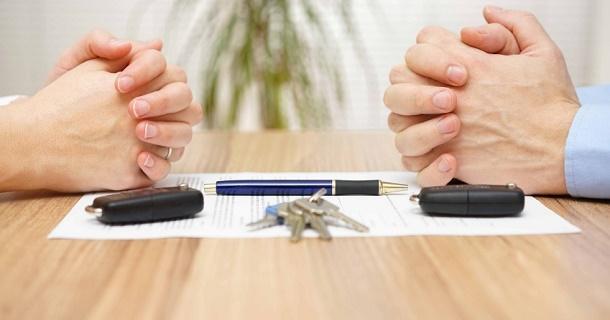 Как делится кредитная машина при разводе